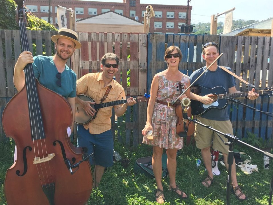 The Haygood Paisleys are: Megan Rooney (fiddle), Eric Lipsky (banjo), Brad Vaughn (guitar), and John Wagner Givens (bass).